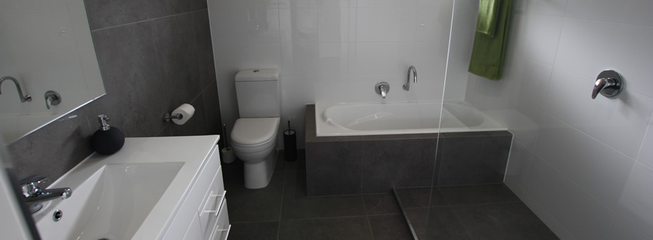 Refresh Bathrooms Renovations Makeover Bathroom Builder House Berwick Melbourne