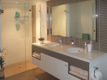 Bathroom renovation brisbane bathroom renovators 2015 for Looking for bathroom renovators